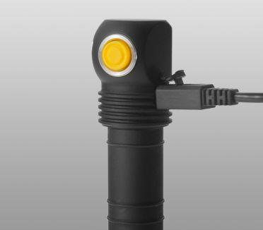 Armytek Elf C2 XP-L Micro-USB (valkoinen)