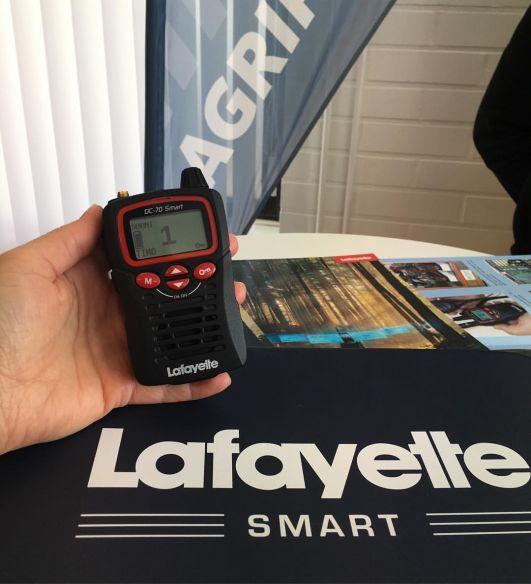Lafayette Smart VHF puhelin + miniheadset